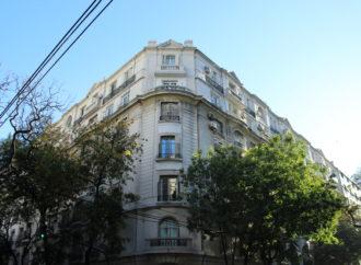 Palacio de los Patos: un edificio emblemático que representa una época