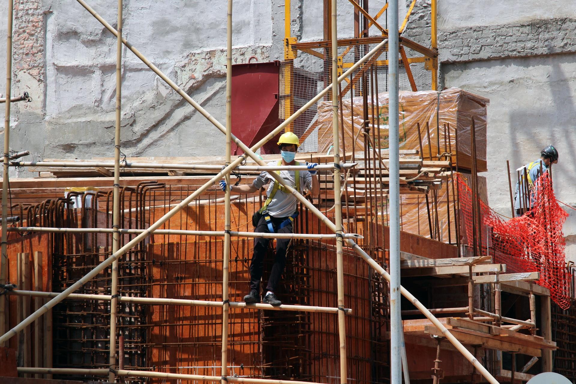 Cierre de obras en la Ciudad complica al mercado de la construcción